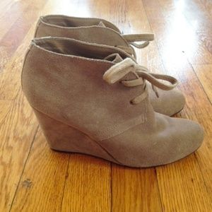 Taupe Lace-up Wedges